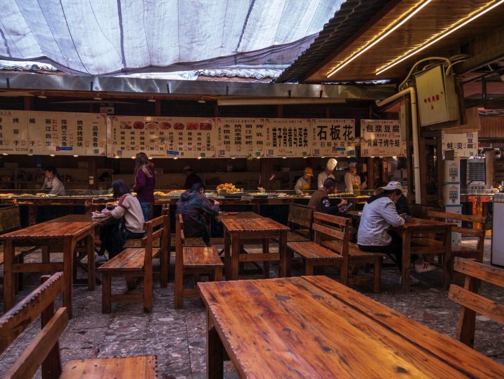 Tables pour la street food