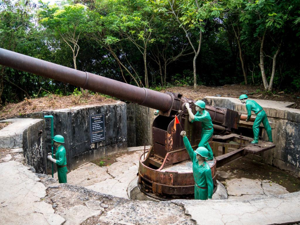 Un des canons du fort