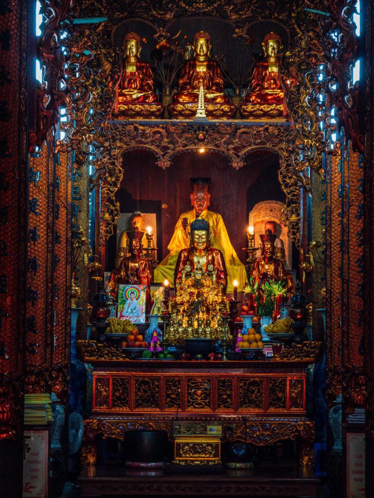 Un autel boudhiste