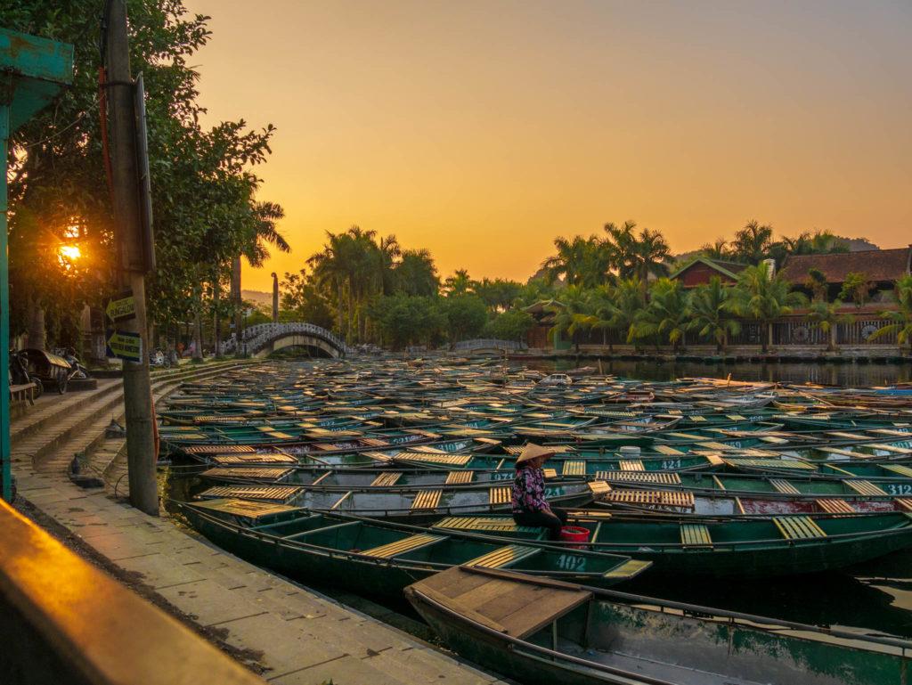 Les centaines de barques de Tam Coc