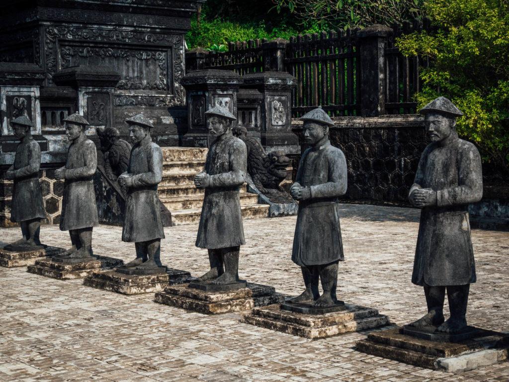 Statue du tombeau de Khai Dinh