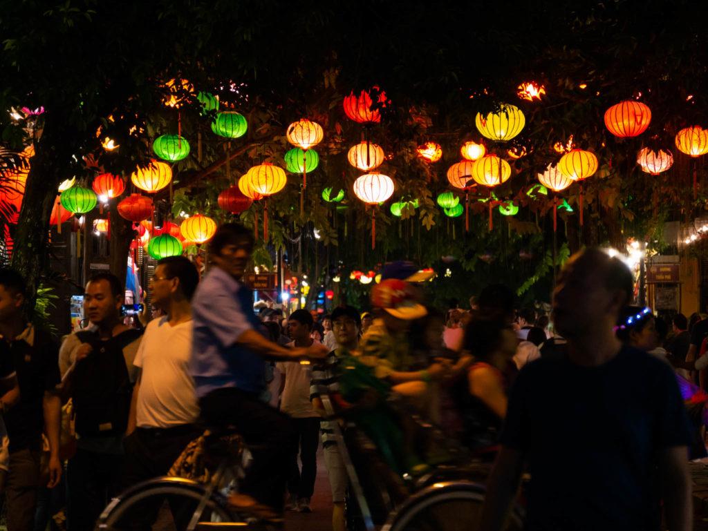 Des lanternes encore des lanternes