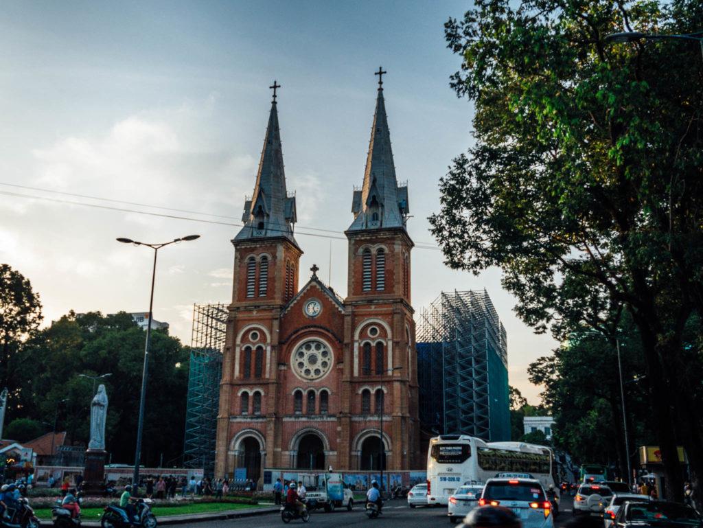 La cathédrale Saint Joseph à Ho-Chi-Minh