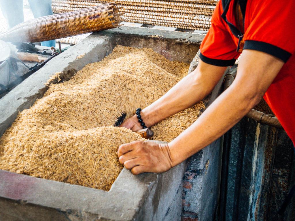 L'enveloppe du riz est utilisée comme combustible