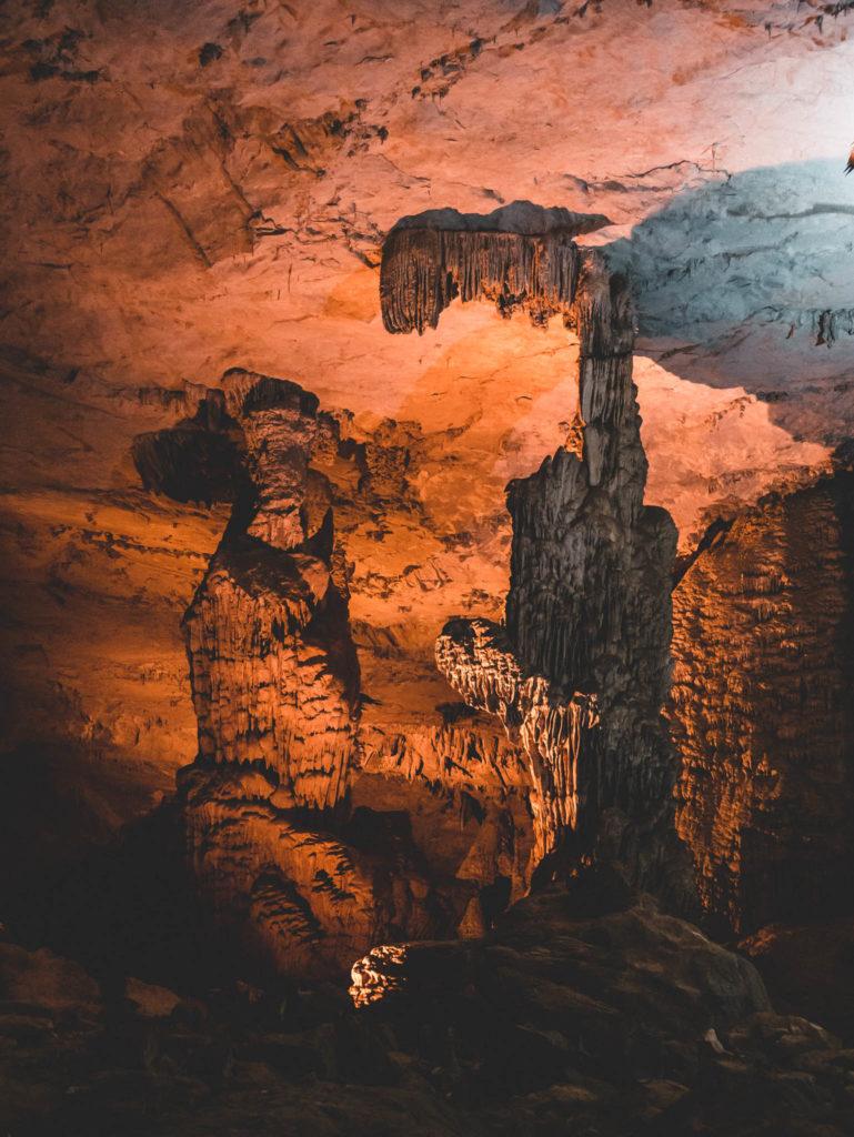 grotte de Konglor