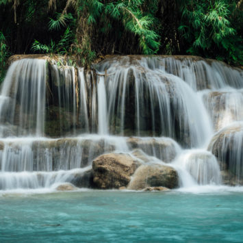 Les saisissantes cascades Kuang Si