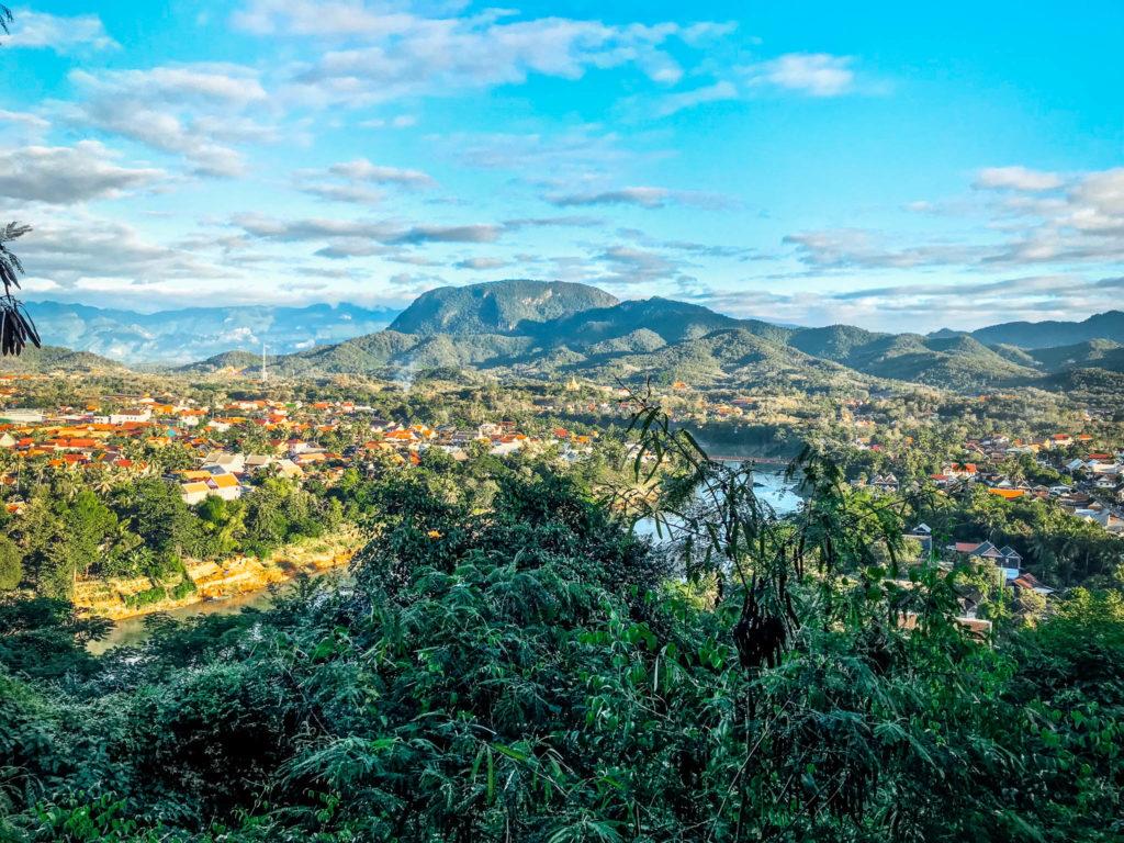 Vue depuis la Phou Si mountain