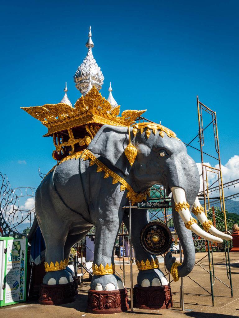 Eléphant en taille réelle