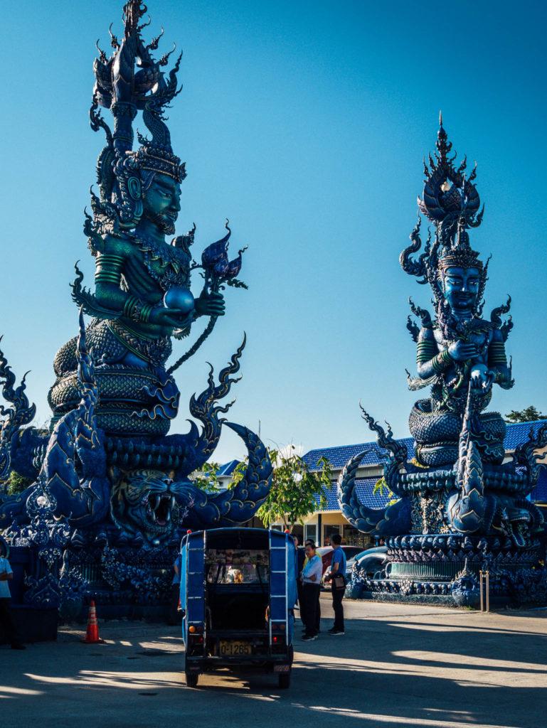 L'entrée du temple bleu