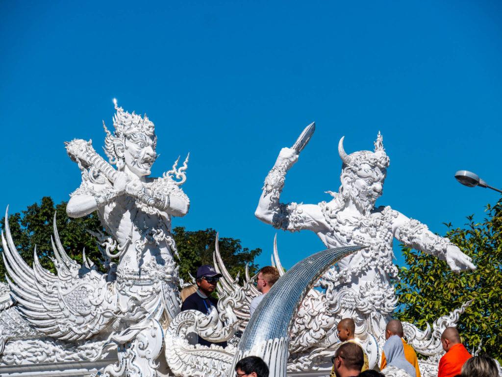 Les gardiens du temple blanc