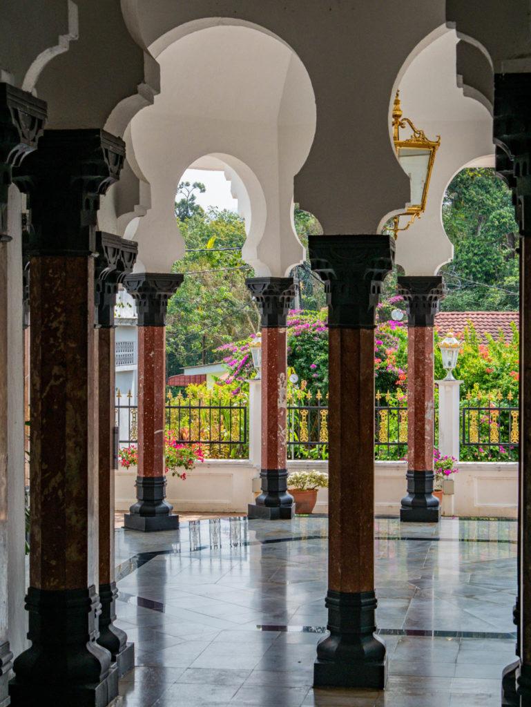 Les colonnes de la mosquée