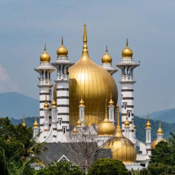 Kuala Langsar, une mosquée digne des contes des milles et une nuits