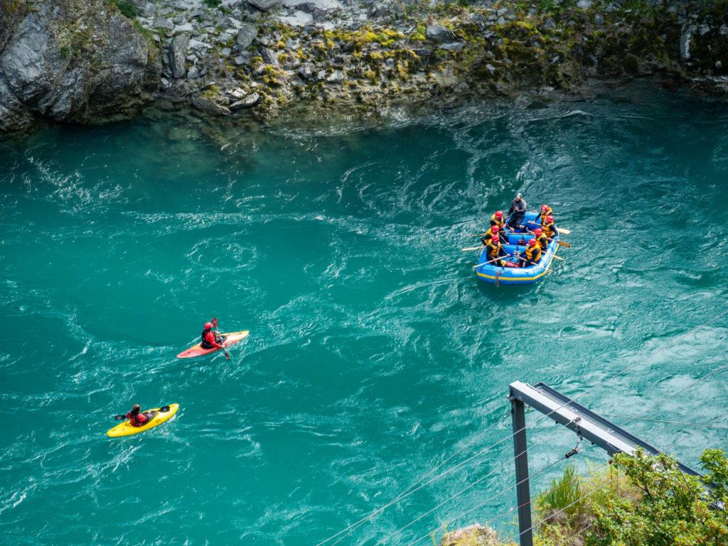 Pendant que d'autres font du rafting ou du kayak