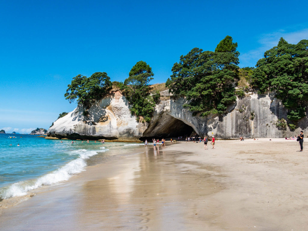 La plage de Cathedral Cove