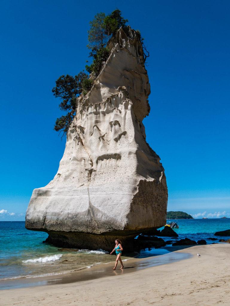 Un des rochers de la plage