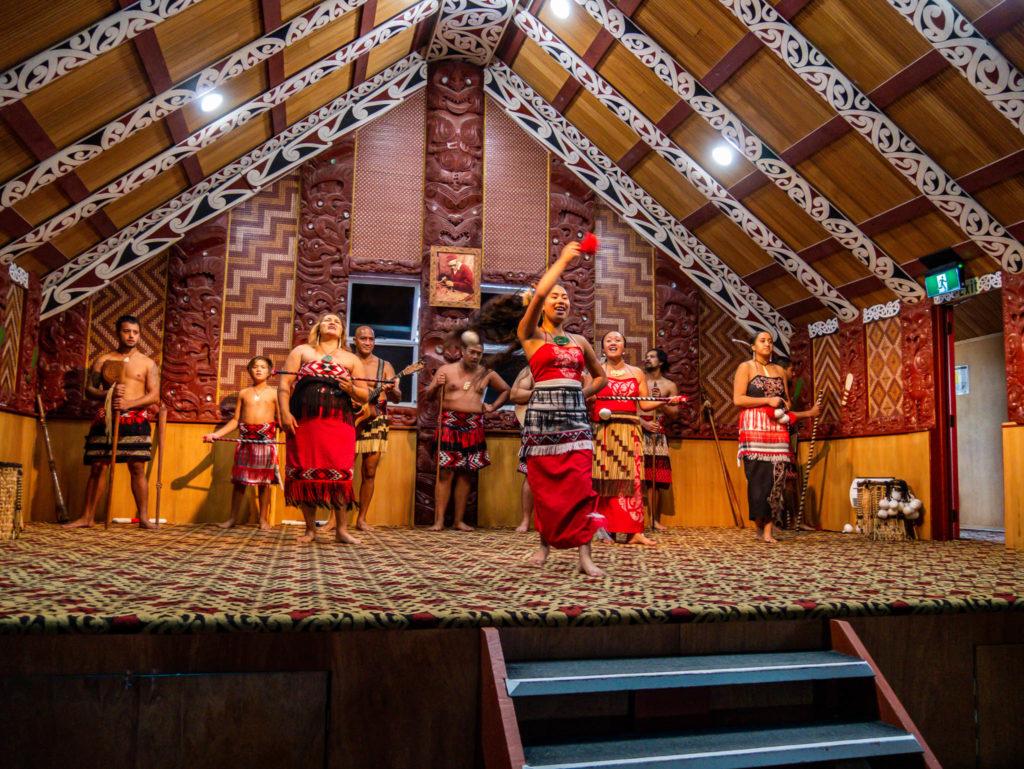 Une danse maorie