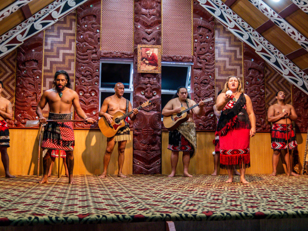 Chants et danses maoris