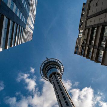 Auckland, des buildings et des tours