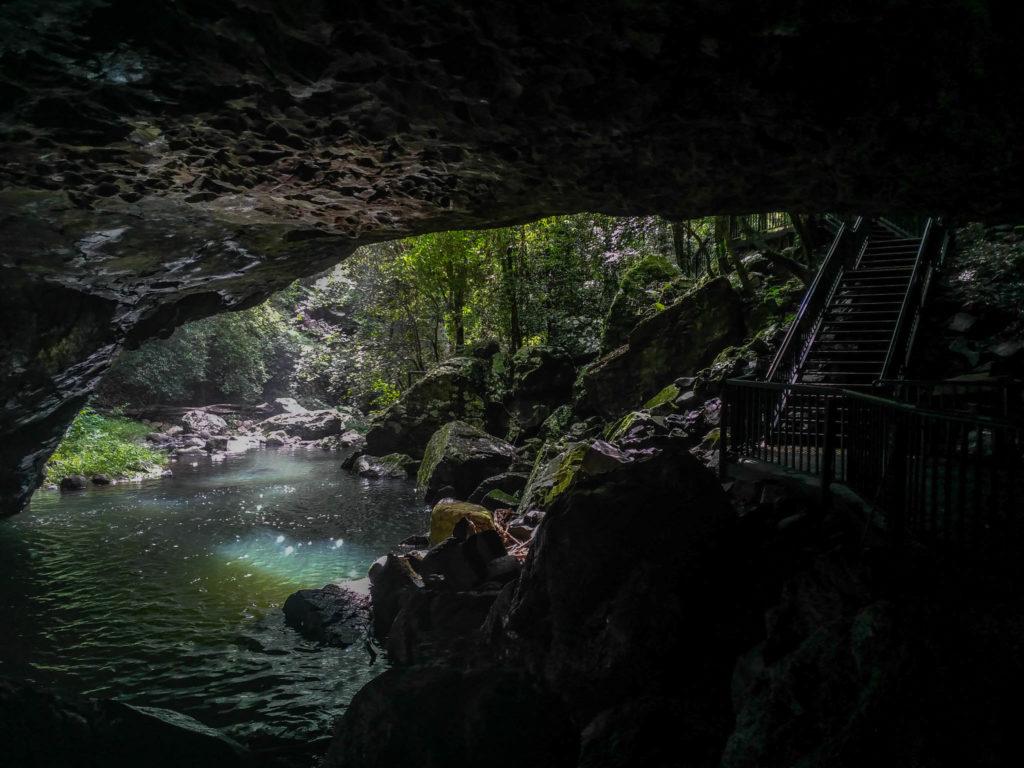 L'entrée de la caverne